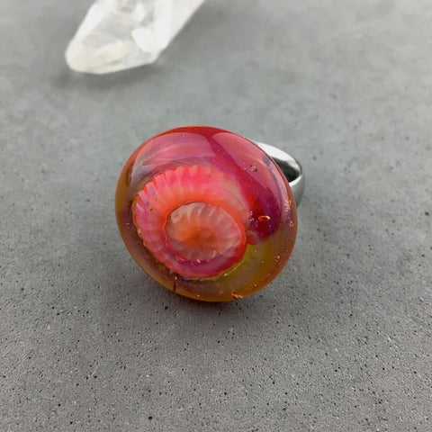 AMMONITE V RING TOPPER