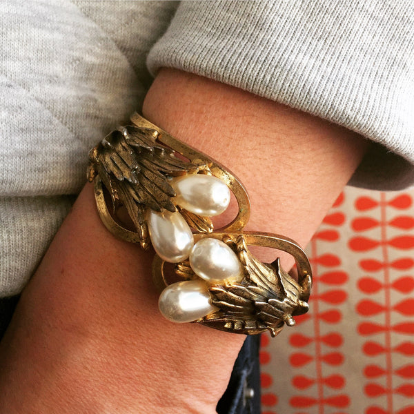 1950's gold and pearl bracelet