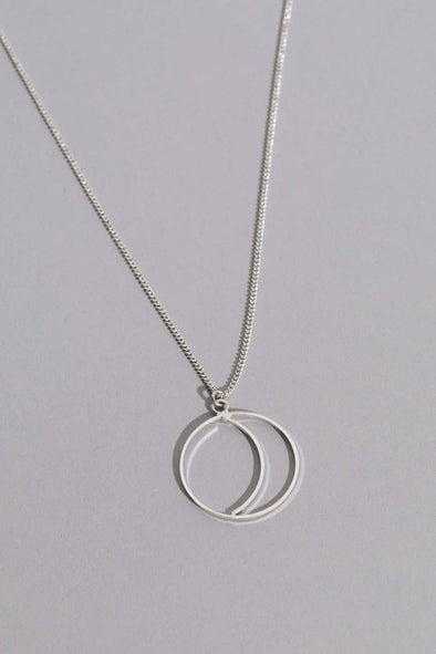 Simple Night Silver Necklace | MY SISTER