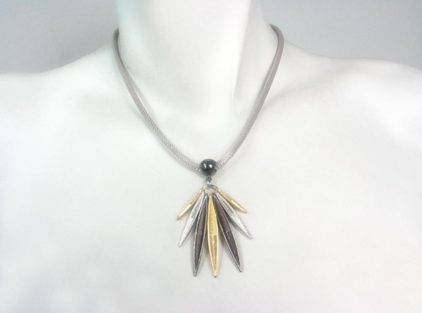 Mesh Necklace with 7-Point Marquis Pendant