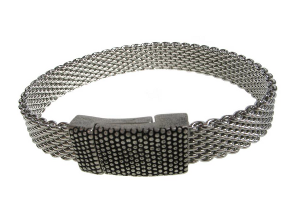 Flat Mesh Bracelet with Textured Magnetic Clasp