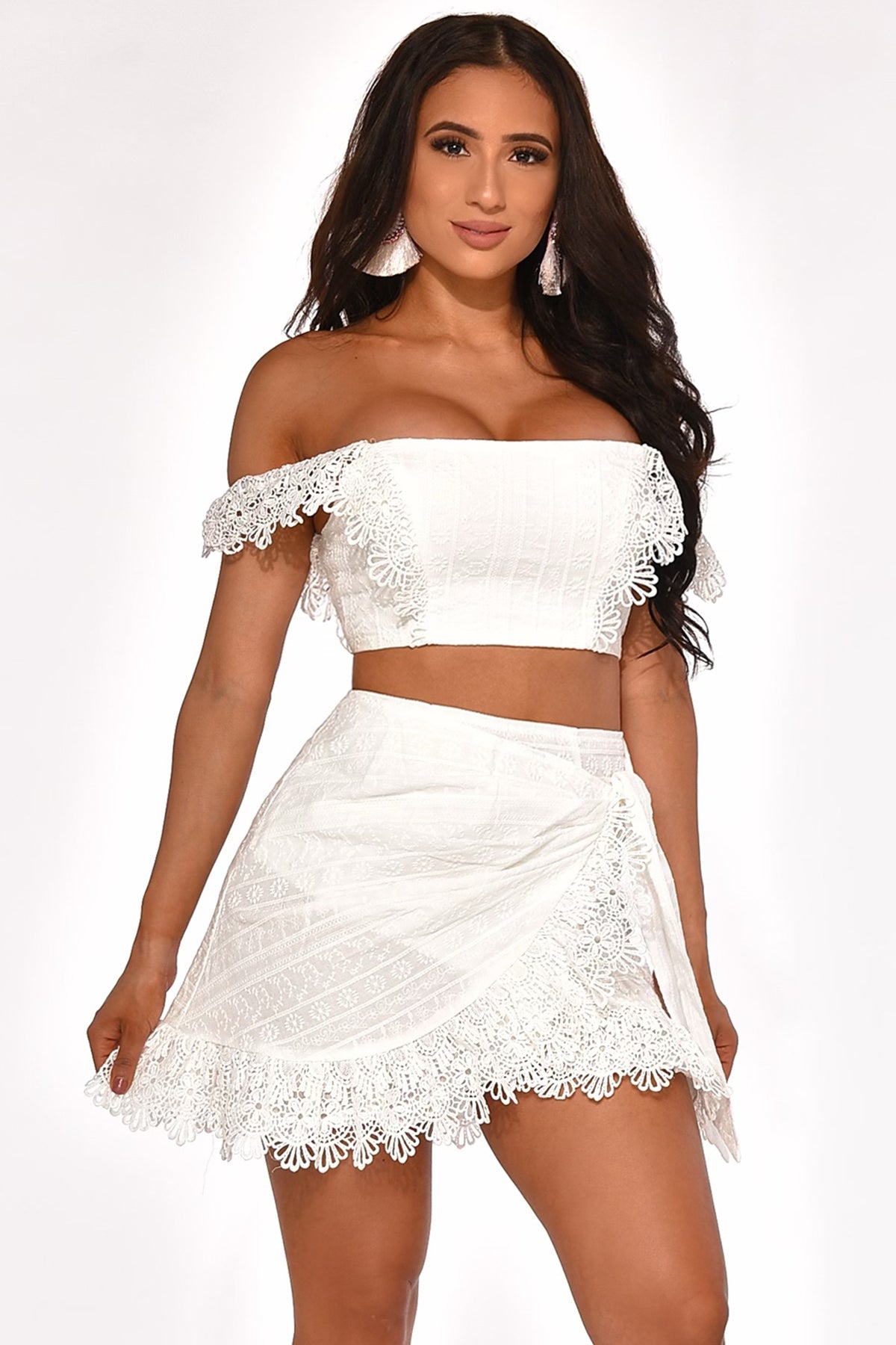 LOVING THIS LACE SKIRT SET