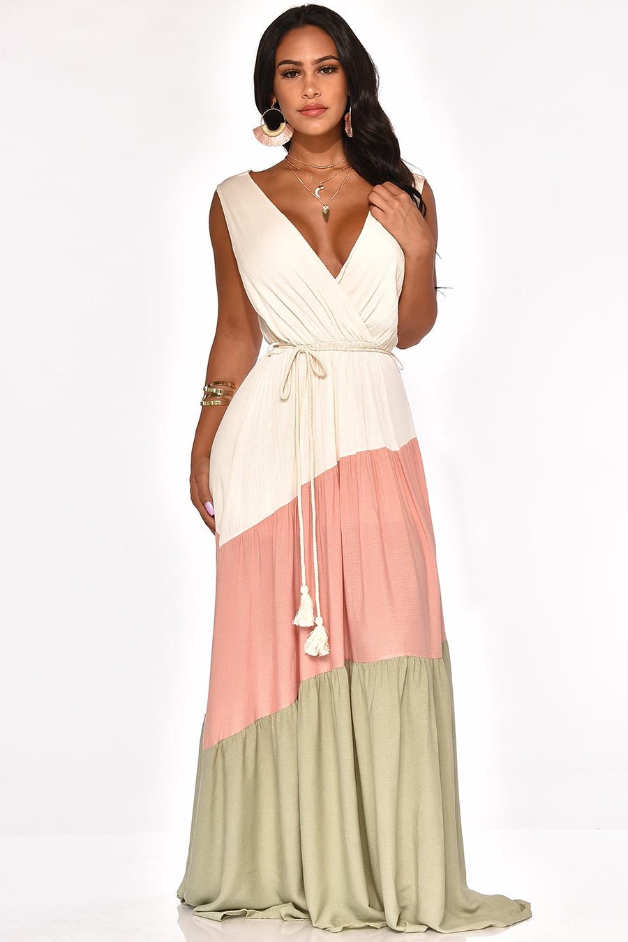 VACAY CHILLIN' MAXI DRESS