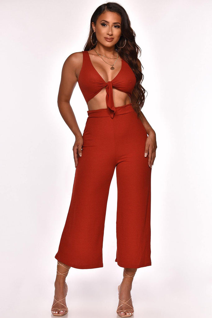 RUNWAY AVENUE CAPRI SET