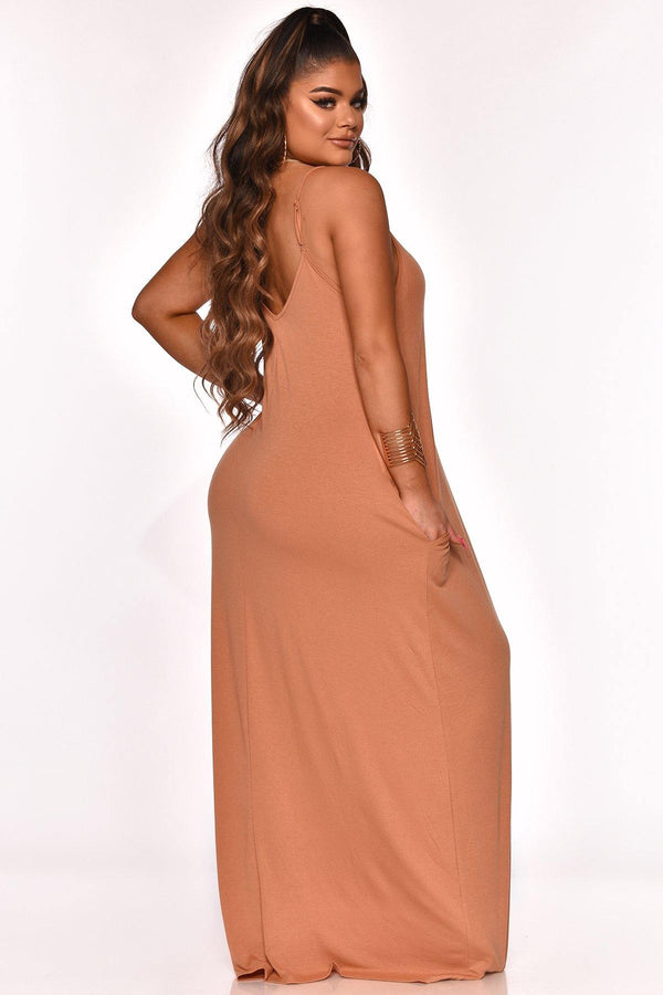 GOOD CHOICES MAXI DRESS CAMEL