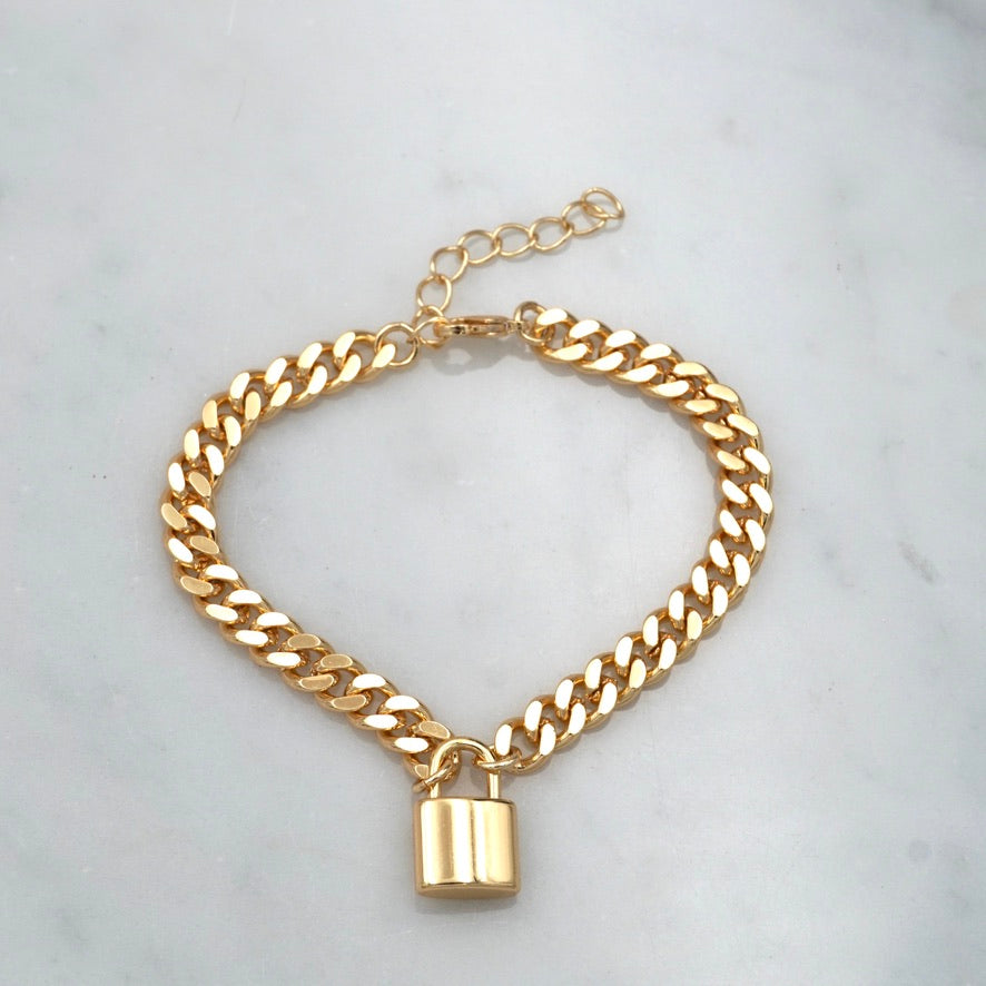 Got It On Lock Golden Bracelet, Slim Thicc Chain