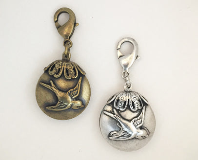 dog collar charm with bird