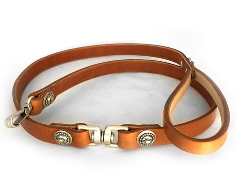 Collier Leeds Goldie leather dog lead