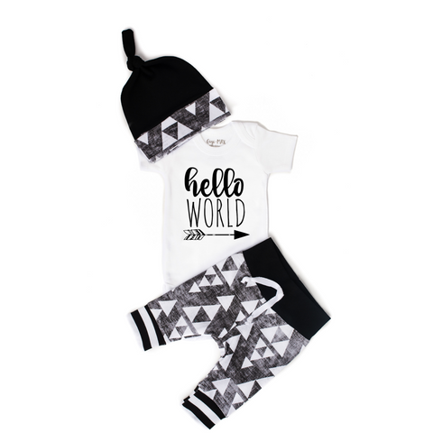 Hello World Organic Black & Grey Triangle Newborn Outfit