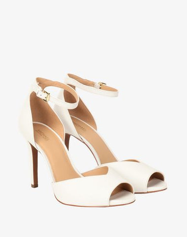 Michael Kors Zapatillas color blanco de piel peep toe. Talla 24.5 MX