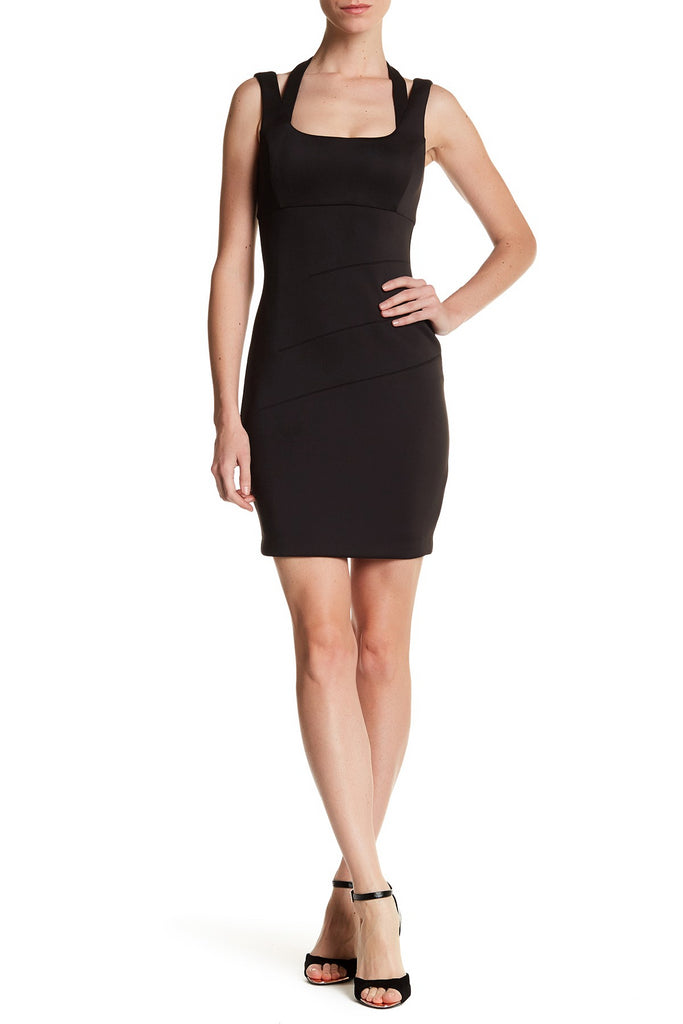 GUESS Vestido de satin stretch. Talla 8