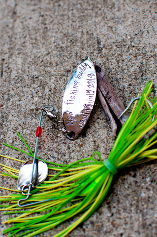 Fishing lure- daddys new fishing buddy
