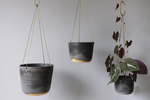 LEAF AND THREAD Hanging Planter | Midnight Sky