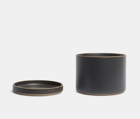 HASAMI Planter + Saucer Medium | Black