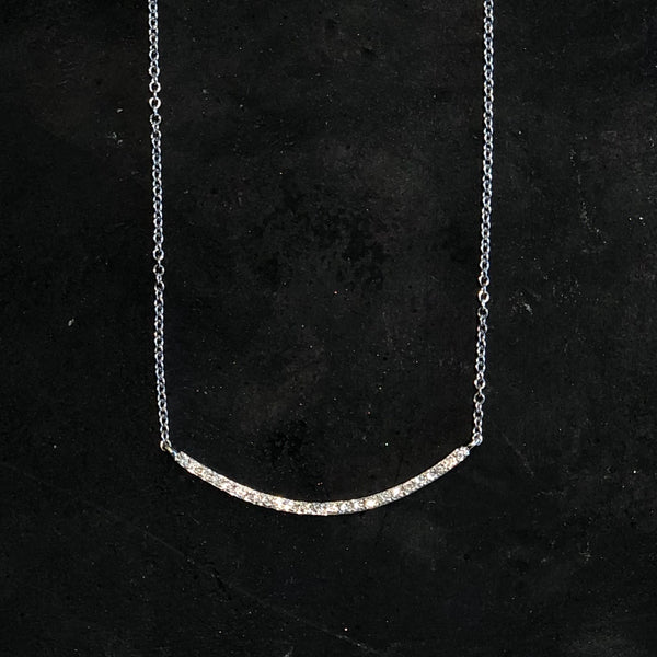 DIAMOND CURVED BAR WHITE GOLD NECKLACE