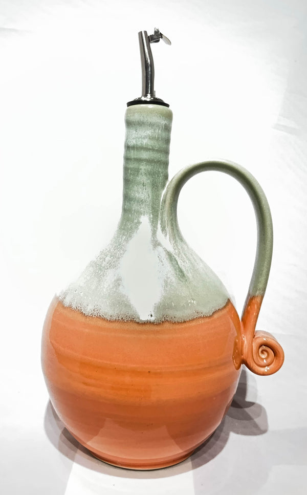 OIL POURER WITH HANDLE