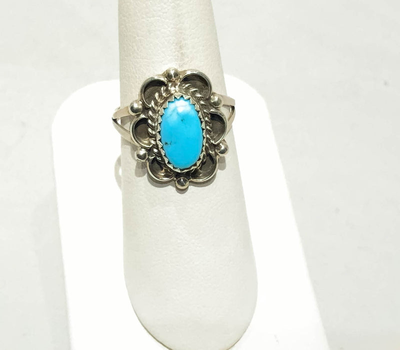 SMALL OVAL TURQUOISE RING