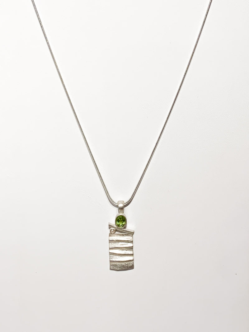 STERLING SILVER MATTE AND PERIDOT NECKLACE