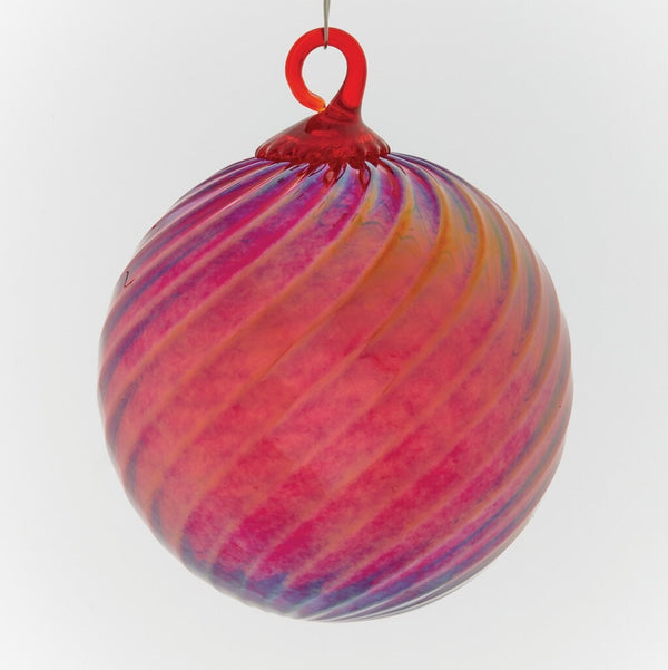 CLASSIC ROUND ORNAMENT - RED OPTIC TWIST