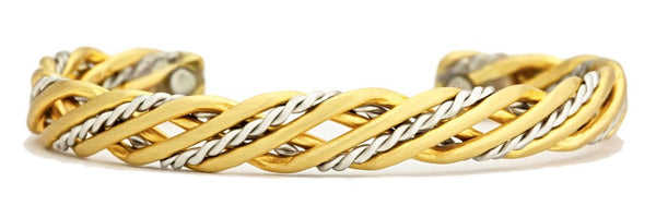 TRELLIS MAGNETIC BRUSHED BRACELET