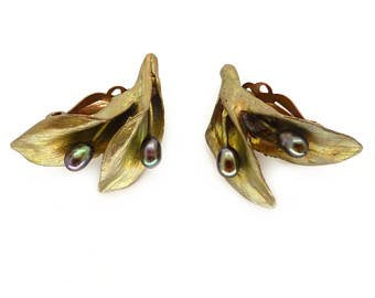HOSTA CLIP EARRINGS
