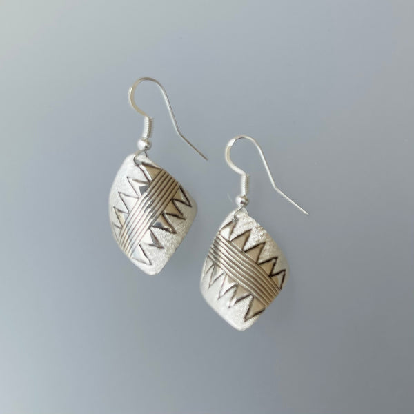 TWO WHITE HATS DEBBIE MALONEY STERLING TEXTURE CURVED SQUARE EARRINGS ARTIQUE GALLERY