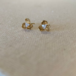 14K YELLOW GOLD FIORI STUD EARRING