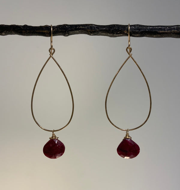 RUBY BRIOLETTE ON TEARDROP EARRING