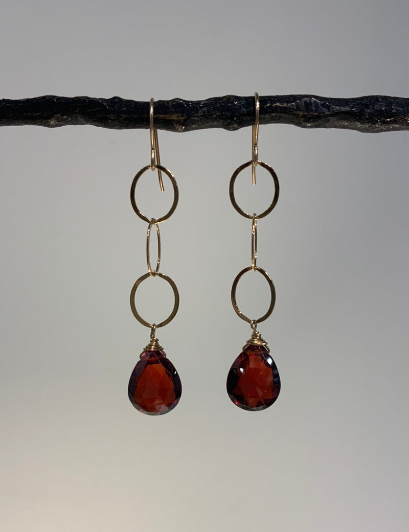 GARNET BRIOLETTE DANGLE