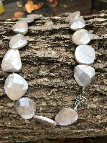 COATED MOONSTONE AND BLACK SPINEL NECKLACE