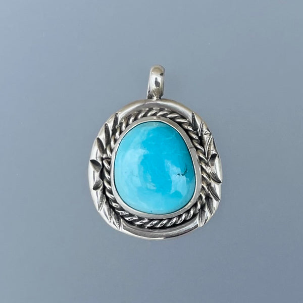 TWO WHITE HATS DEBBIE MALONEY TURQUOISE STERLING PENDANT NECKLACE STAMPED G NAVAJO ARTIQUE GALLERY