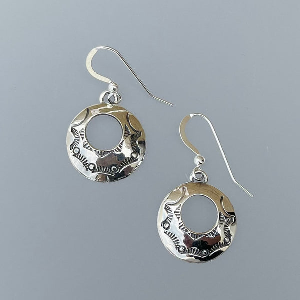 TWO WHITE HATS DEBBIE MALONEY STAMPED STERLING ECLIPSE EARRINGS ARTIQUE GALLERY