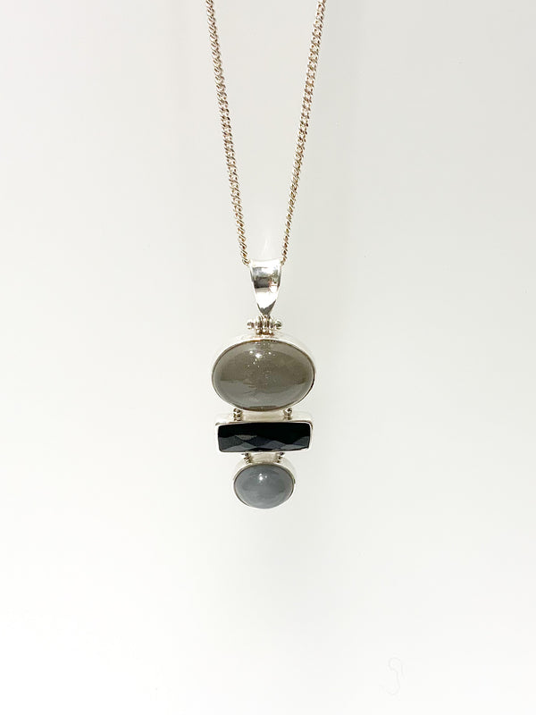 GREY MOON & BLACK ONYX FACETED STACKED PENDANT