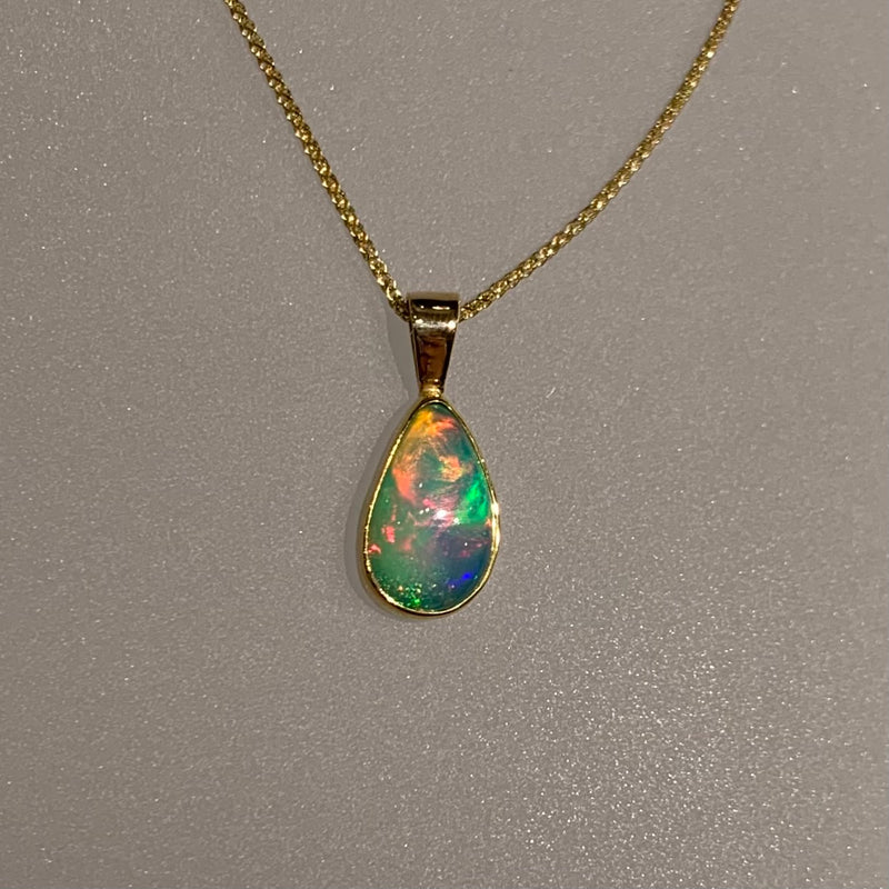 MINT GREEN OPAL TEARDROP PENDANT