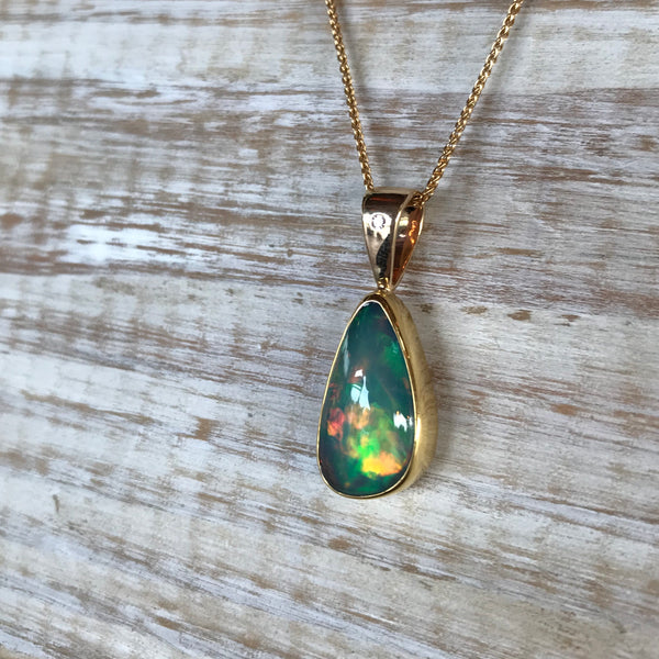 ETHIOPIAN OPAL AND DIAMOND 14K PENDANT