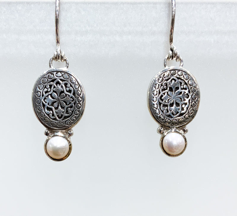 WHITE PEARL WITH FILIGREE EARRINGS
