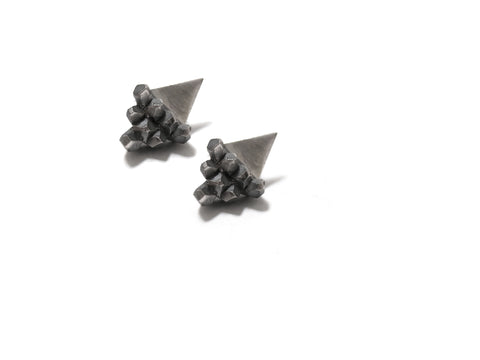 elaine ho TITAN mori earrings