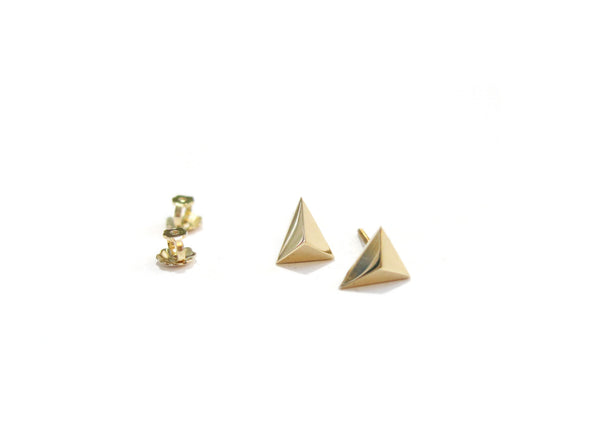 MINI TRIANGLE STUDS - 14K GOLD - elaine ho - 4
