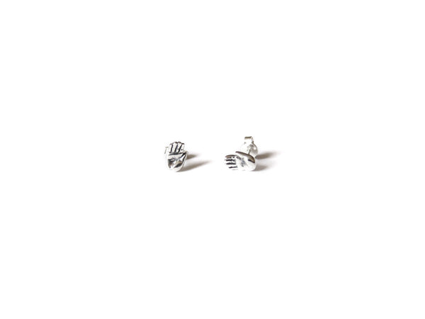 TALISMAN TINY HAND EARRINGS - elaine ho - 7