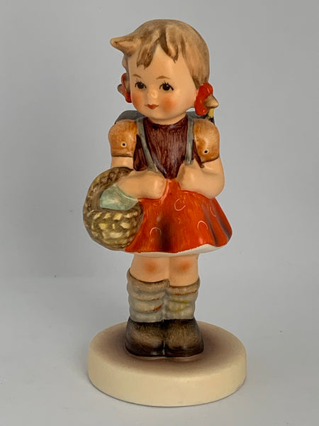 "Goebel M.I. Hummel Figurine #81 2/0 School Girl 4.25"" TMK7"