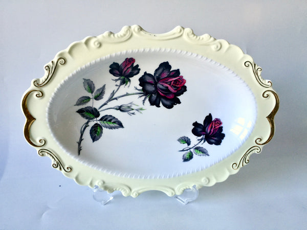 "Porcelain - Royal Albert Dark Roses Oval 9"" Dish"
