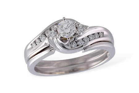 S7989W 14k White Gold Diamond Wedding Set