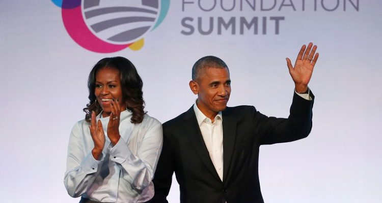 THE OBAMAS ARE SET TO PRODUCE NETFLIX COMEDY ABOUT 2016 TRUMP TRANSITION
