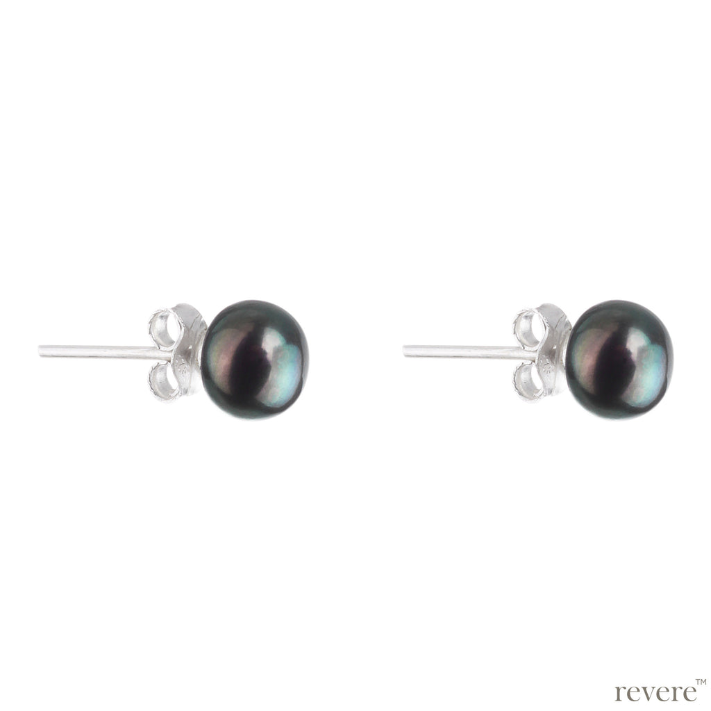 Earrings features simple yet charming design of grey freshwater pearl studs that adds effortless charisma in your personality.