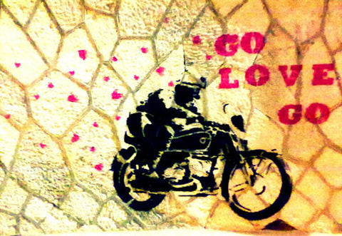 "Bainha de Rua Wallet, Purse & Shoulder Bag ""Go love go"""