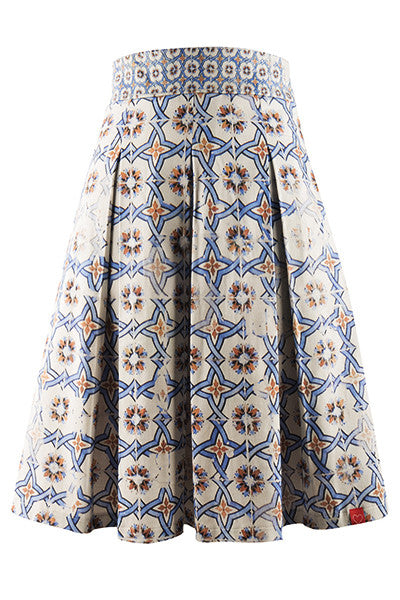 Versatile Don Quixote's Blue Pleated Skirt
