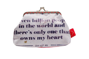 "Bainha de Rua Wallet & Purse ""Seven billion people in the world and there's only one that owns my heart"""