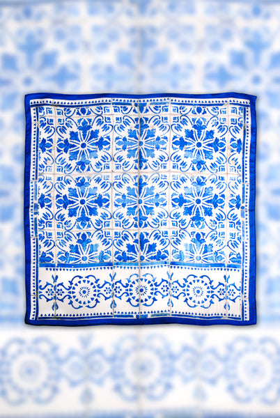 A Tale of Tiles Picotado Square Scarf