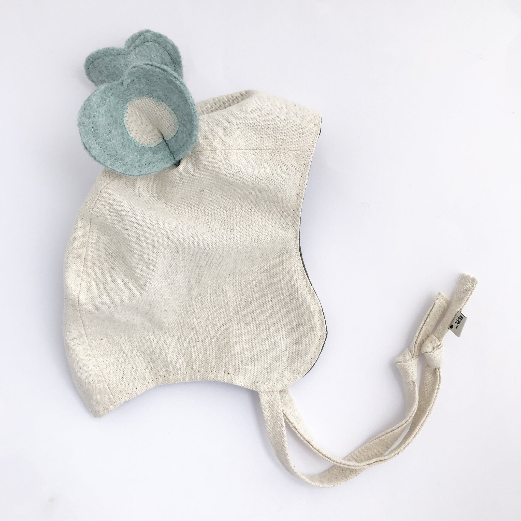 Heirloom Embroidered Cotton Bonnet in Green