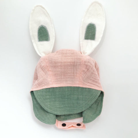 Hand Dyed Signature Organic Bonnet - Green/Pink